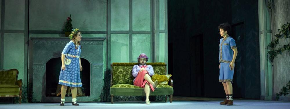 Mtro. López-Reynoso conducts new production of Haensel & Gretel by Brigitte Fassbaender